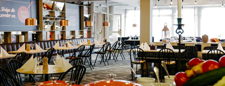 181648-Scandic_Uppsala_Nord,_restaurant,_buffet.jpg