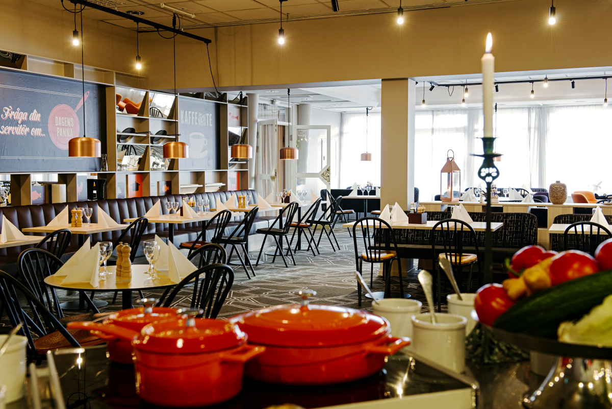 Cafe De Paris Giesen