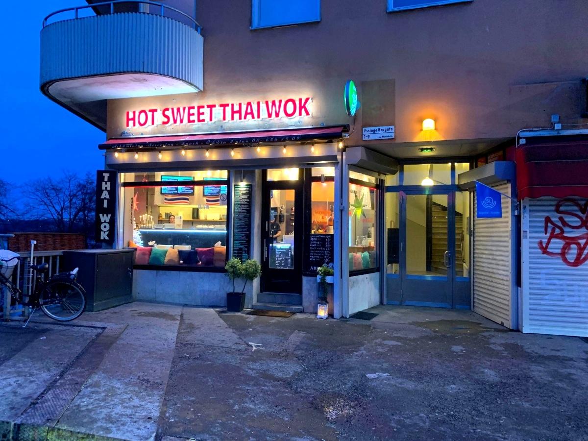 Essinge Thai Wok & Grill, Stockholm, Essinge Brogata 1, 08